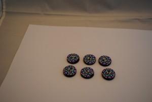 6 stuks 25 mm bol relief € 1.50 C (Medium)