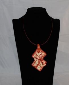 DSC_0004Hanger te dragen met een spangketting of koord bladmotief (Medium)